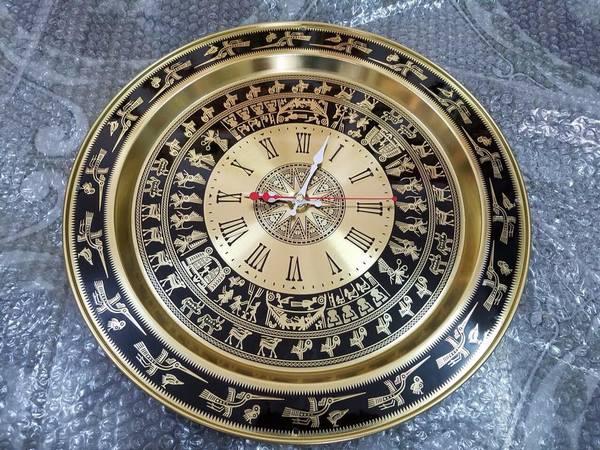 mặt trống đồng có đồng hồ