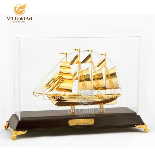 mô hình thuyền thuận buồm xuôi gió